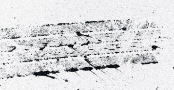 ペンキをタイヤでひいた跡素材フリー素材